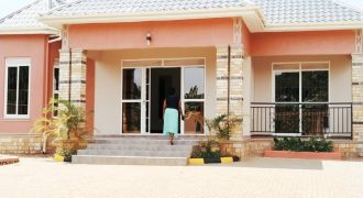 House for sale in kira  sitted on 12 decimals